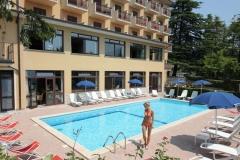 HOTEL-BELLA-piscina3